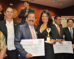 """1a. Entrega de Premios """"Amante de México"""" - Senado de la República"""