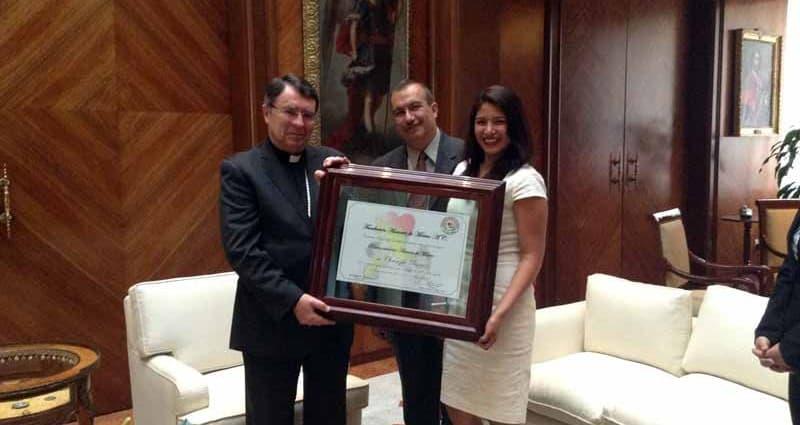 Fue un honor para la Fundación Amantes de México reconocer la incomparable trayectoria del Nuncio Apostólico, representante del Papa en México Mons. Christophe Pierre. Su impecable trayectoria recoge estudios […]
